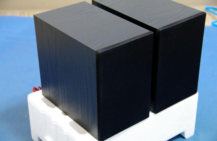 X-EM26のスピーカー
